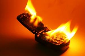 Brandend GSM toestel
